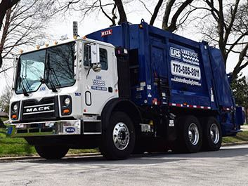 Lakeshore Recycling Systems Garbage Truck