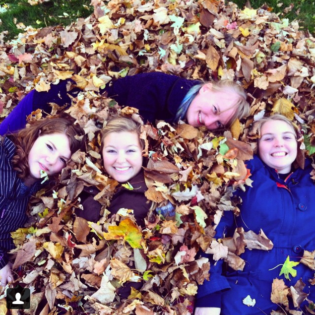 (6th) Fun In Fall Leaf Pile - Elliebellie94