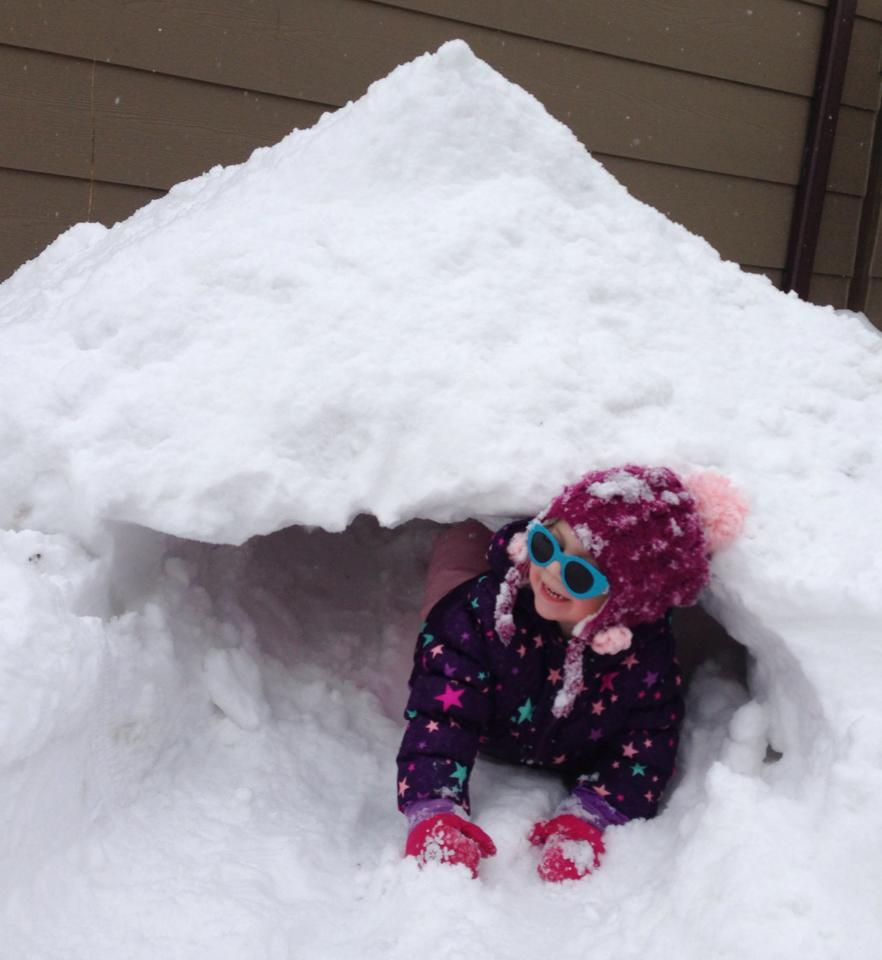 Breanna Marie snow fort daughter
